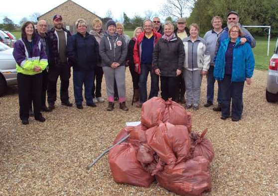 Tydd St Giles villagers at the litter pick