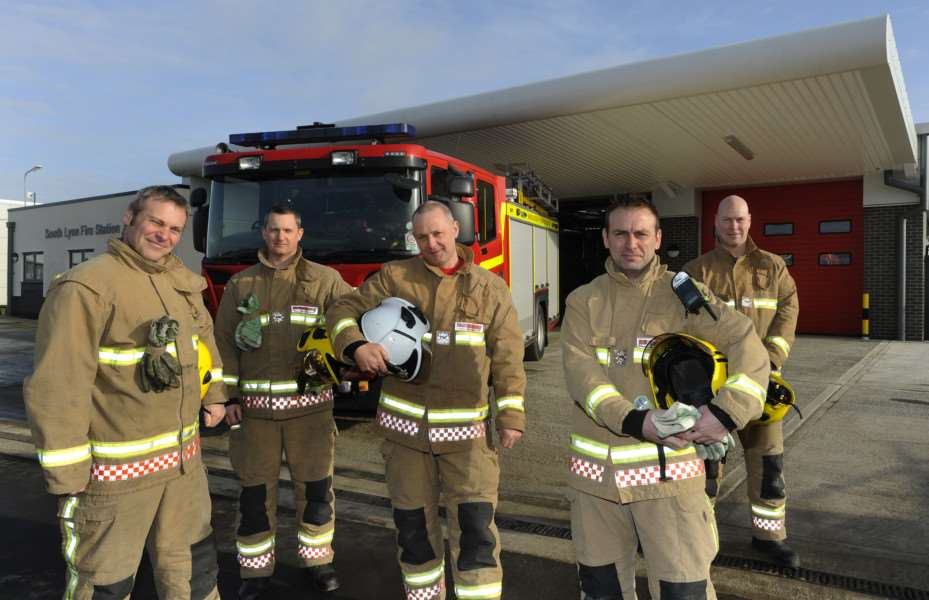 South Lynn Fire Station, White Watch,'LtoR, Phil Tinkley, Dave Copeland, Andy Littler (Watch Manager), Paul Edwards, Ian Herdman ANL-150127-175230009