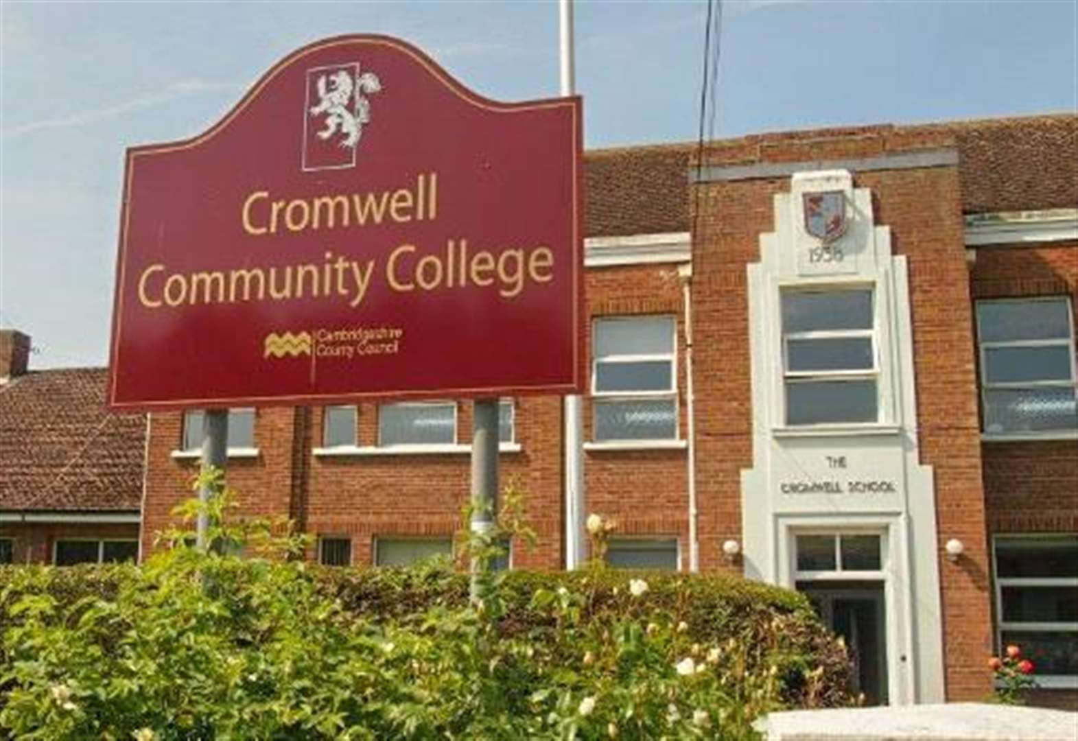 Ambitious plans to turn Crowmell Community College in Chatteris into one of the first all-through schools in Cambridgeshire have been submitted by the county council