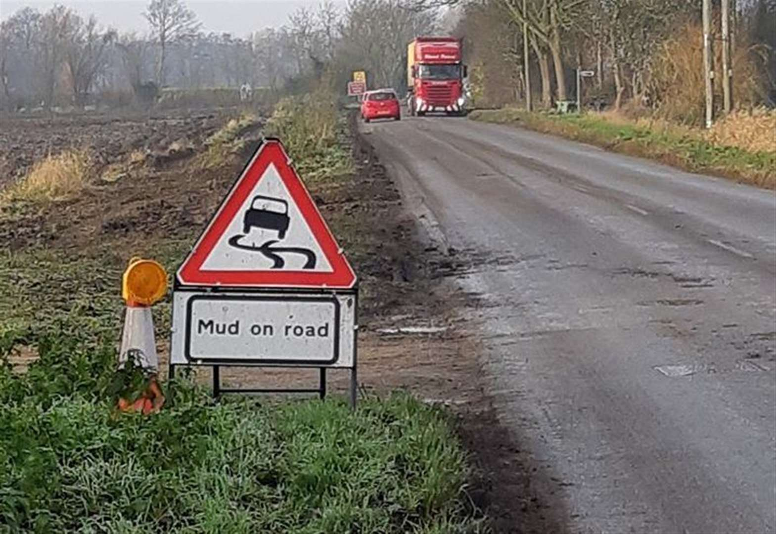 Take it steady warning from police over mud on busy Wisbech road