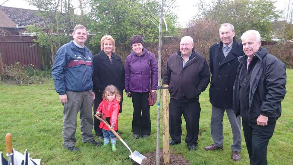 The Mayor of Chatteris, Cllr James Carney, aided by his young daughter Kathy, took part in the planting ceremony watched by fellow councillors Peter Murphy, Linda Ashley, Bill Haggata and Julie Smith and Mr Bob Ollier, FDC's Parks and Open Spaces Manager.