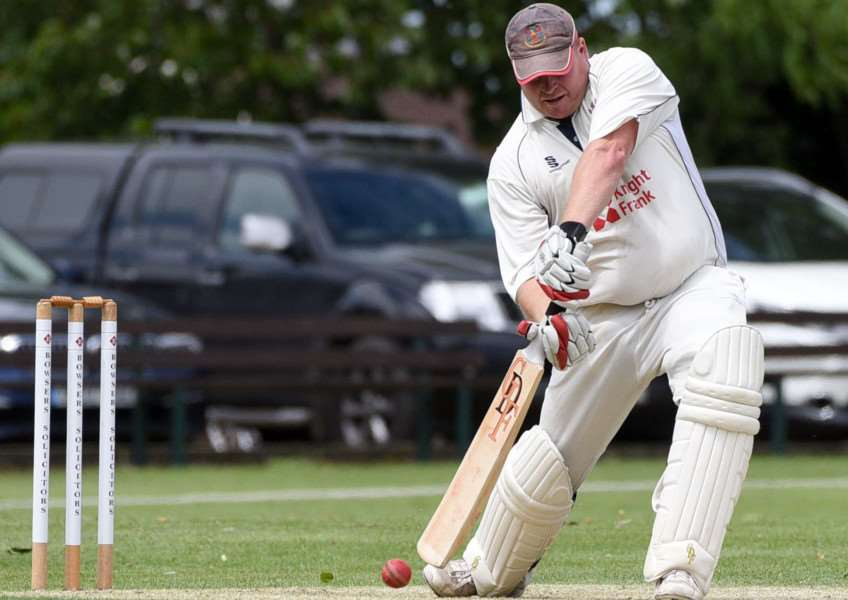 March v Wisbech Cricket Action'Gary Freear