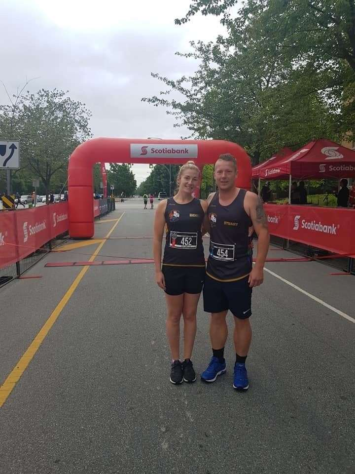 3C 24.6.19 Vancouver Half Marathon Michelle and Stuart Brown. (12894430)