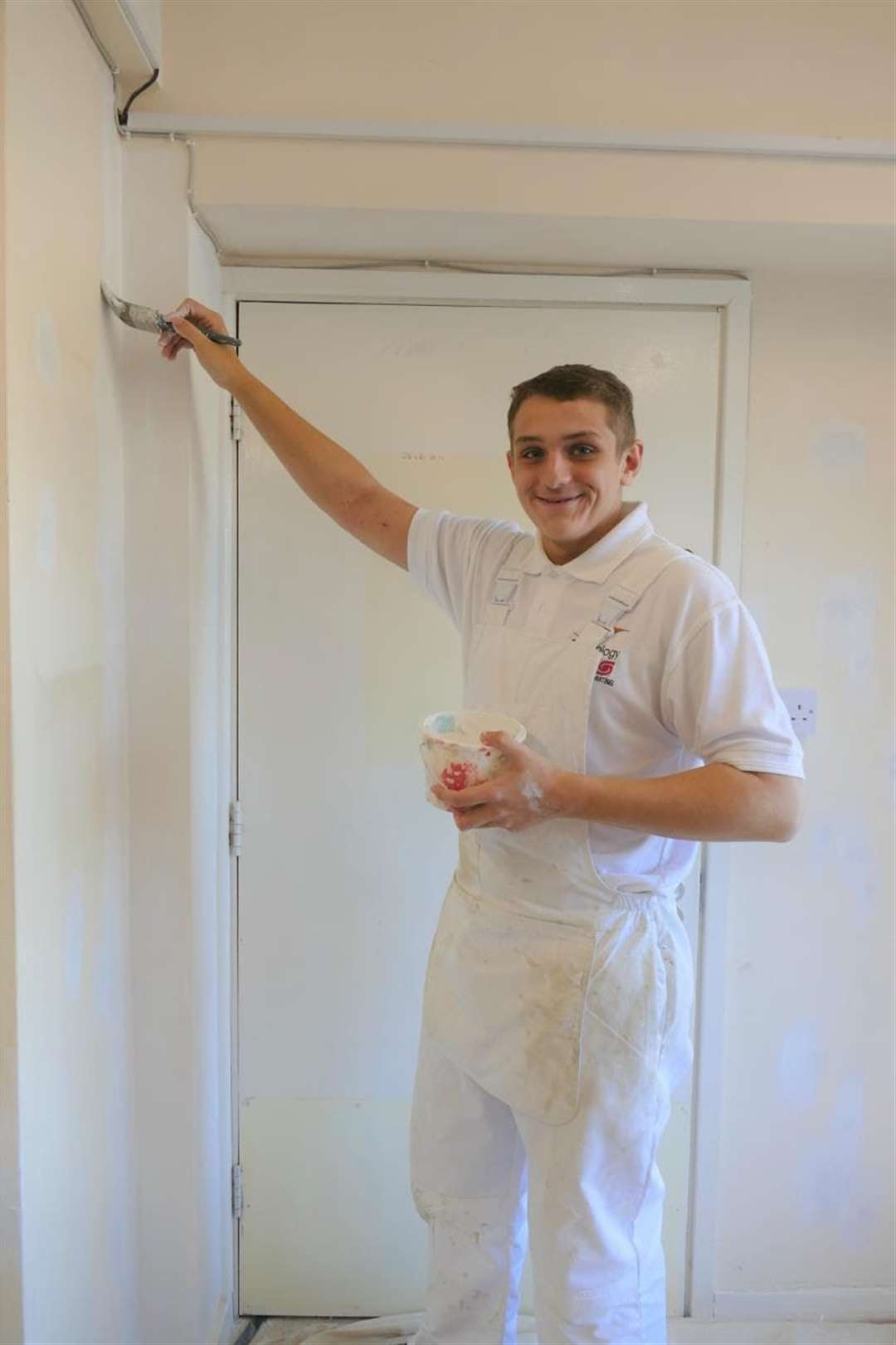 College of West Anglia students in Wisbech gave the town's Victoria Lodge Day Centre a make-over. (20830930)