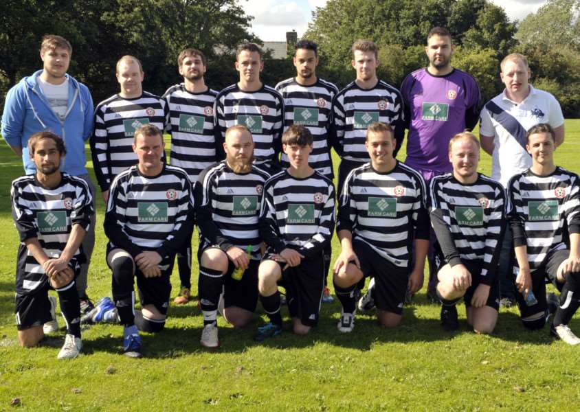 Coldham Utd FC who are sponsored by Farmcare. ANL-150913-201857009