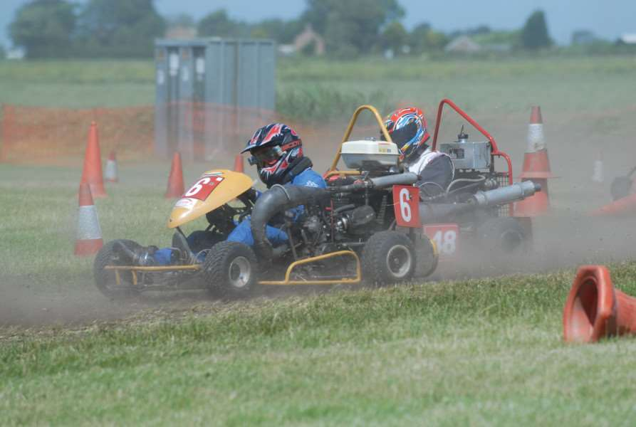 Wisbech and District Go-Kart Club - Racing action