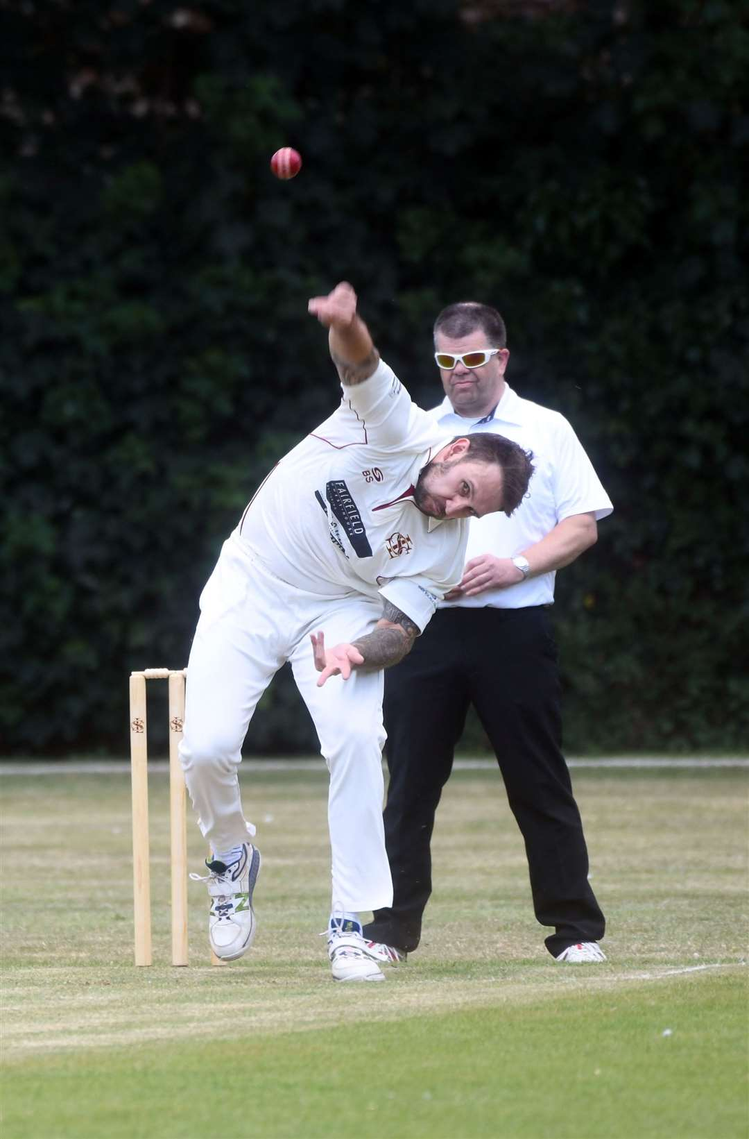 Barry Stanway bowling for Long Sutton.
