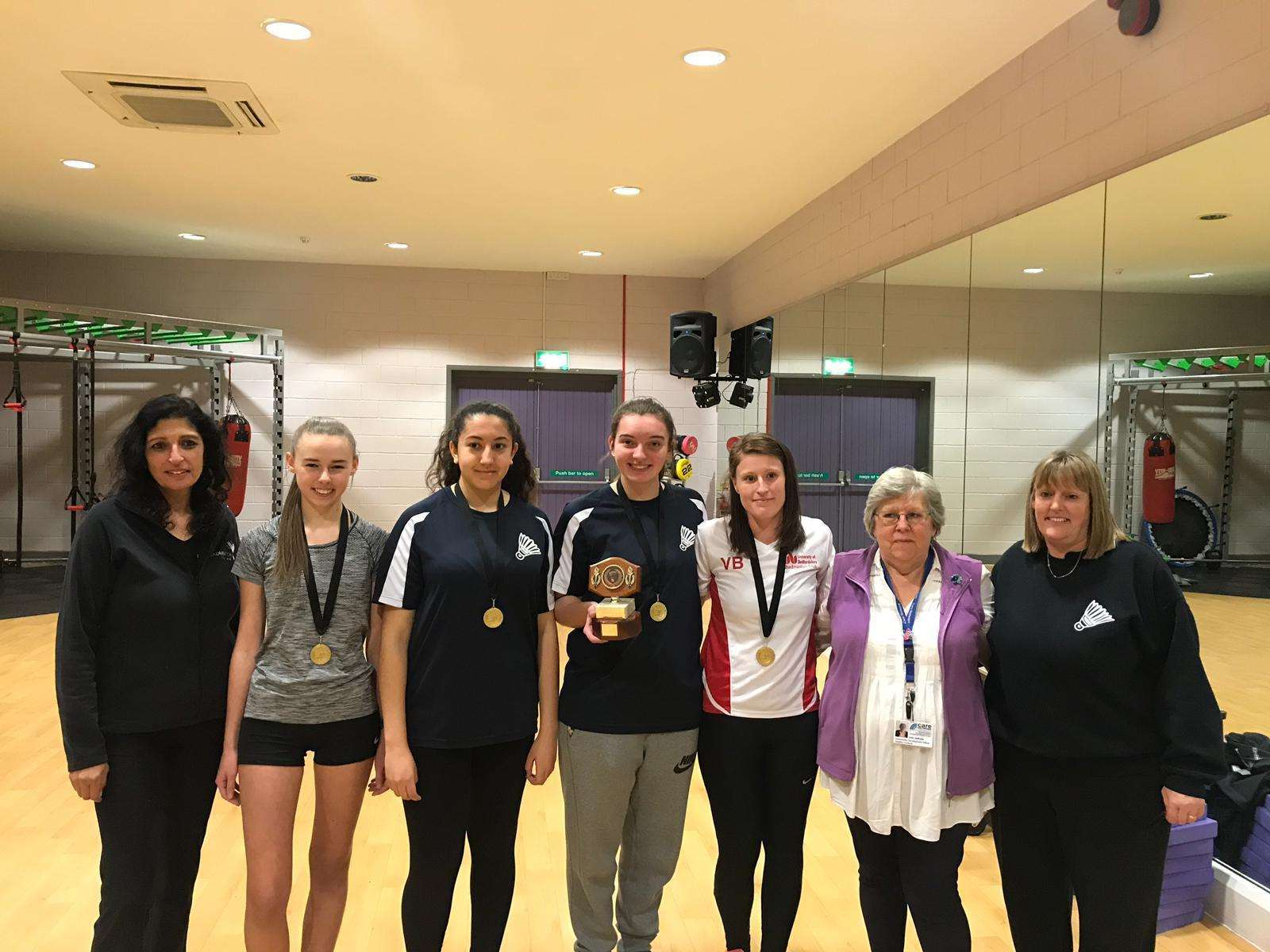 Ouse valley no strings ladies badminton winners (6816306)
