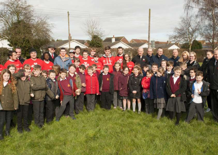 Gorfield Primary School Hand over Community Project from the Princes Trust. ANL-160803-143519009