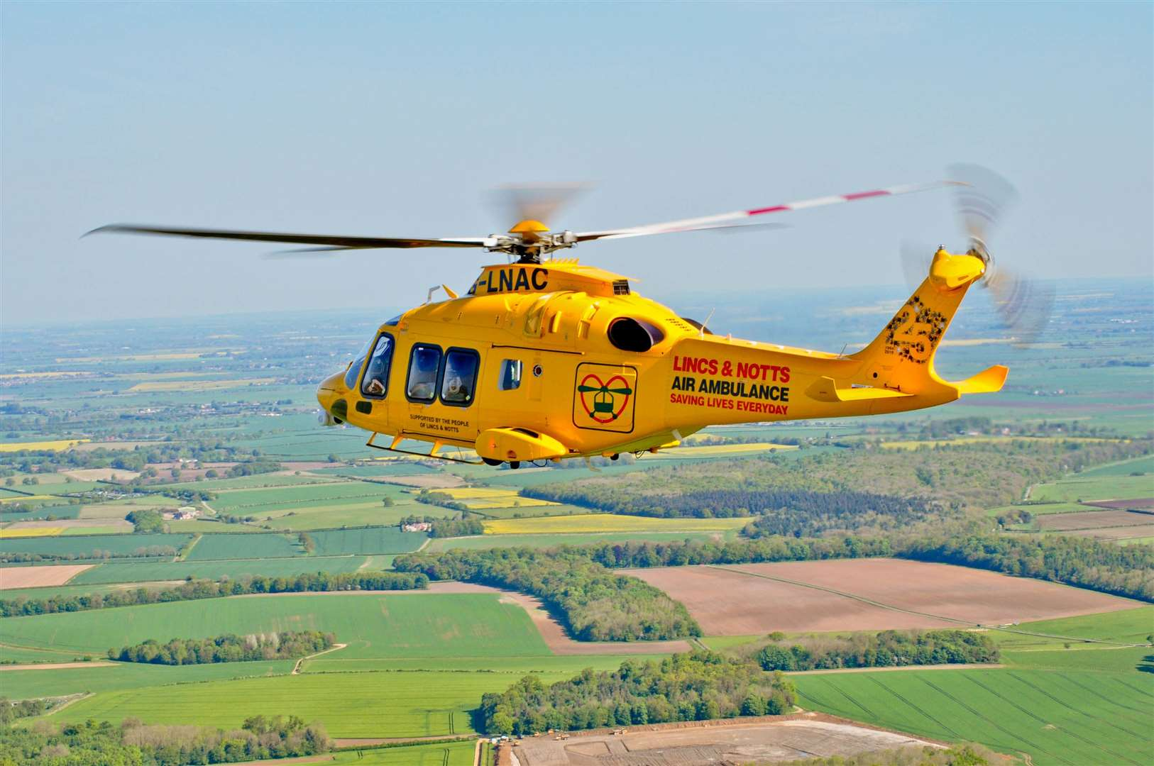 Lincolnshire and Nottinghamshire Air Ambulance's Ambucopter (16216899)