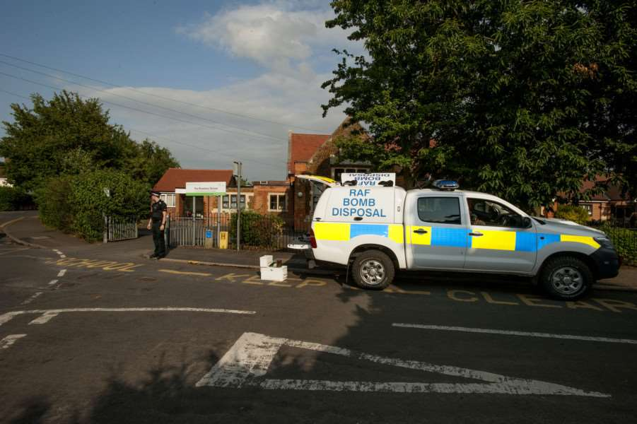 Incident at Roseberry Avenue School King's Lynn ANL-150715-182120009