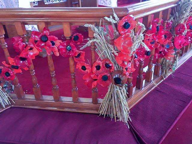 Members of Emneth community have been creating poppies for a Remembrance Day display in the village Methodist chapel. (4016718)