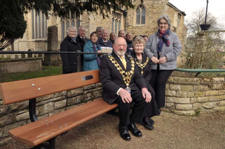 Wisbech Society's new park bench at St Peter's Gardens. ANL-150204-082917009