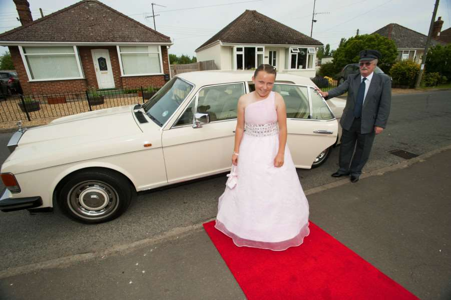 Beaupre Primary School Year 6 Leavers Prom. Chelsea Hearse arriving chauffeured by David Gathercole ANL-150407-205329009