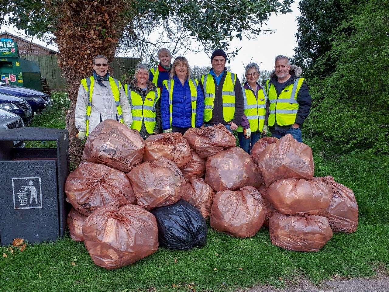 Newton Street Pride volunteers collected 28 bags of rubbish. (8596621)