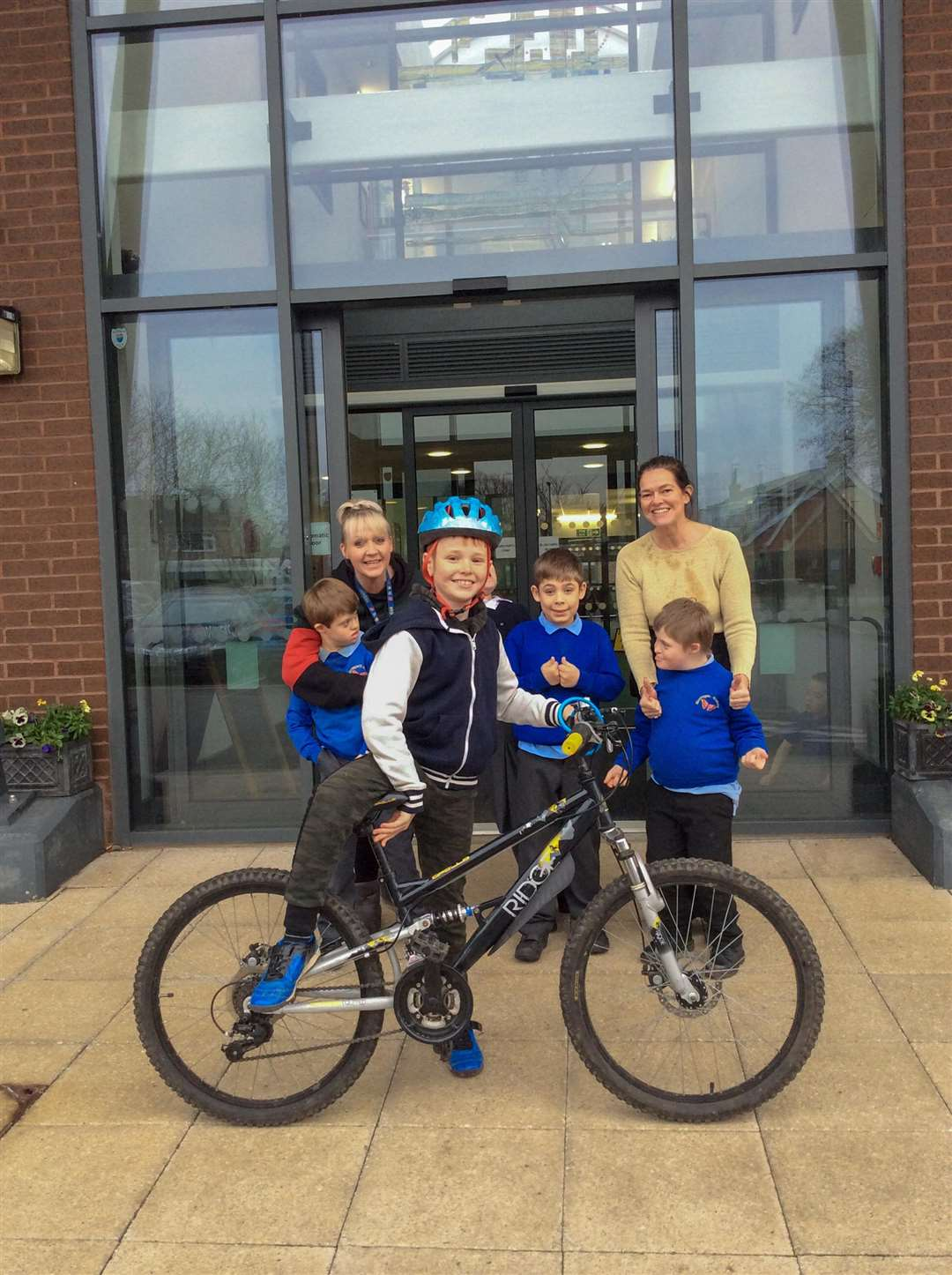 Willis Ruff completed a 10 mile bike ride in aid of Meadowgate Academy's minibus appeal. (6424642)