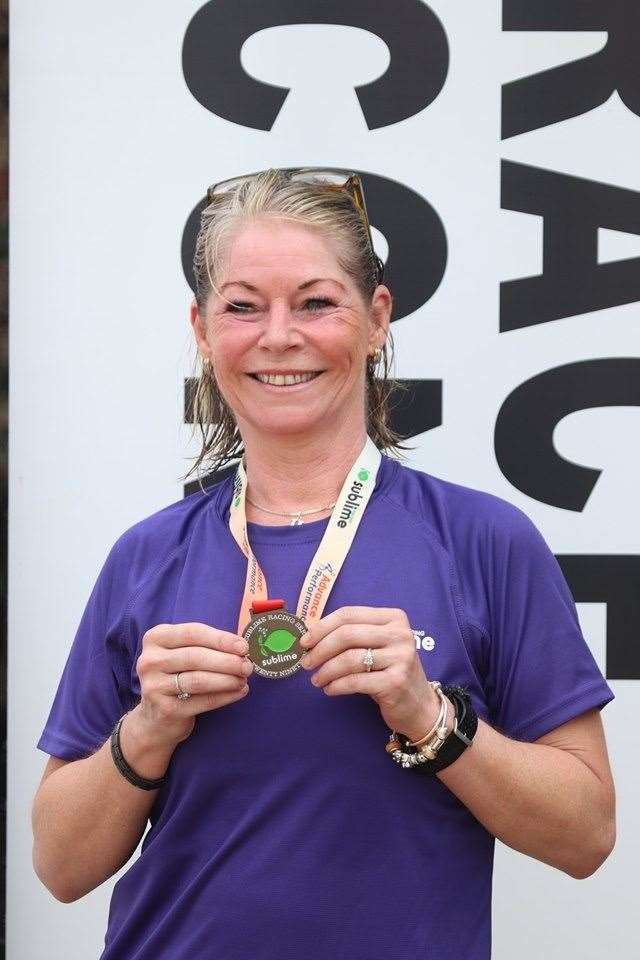 Sarah Gauvin at sublime 10K.jpg (13247470)