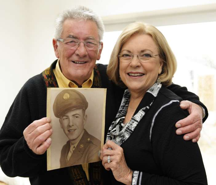 Barry Carr from Dersingham with his sister from the USA Pamela Moody Stewart ANL-150811-090033009