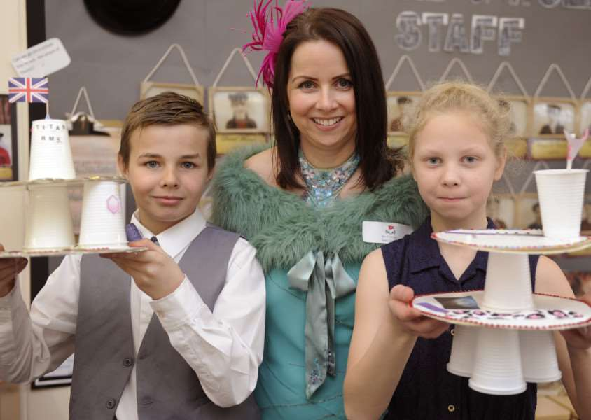 Titanic Tea at Peckover School Wisbech.'Rachel Horvath (Class 6 teacher) with class pupils ANL-160323-203129009