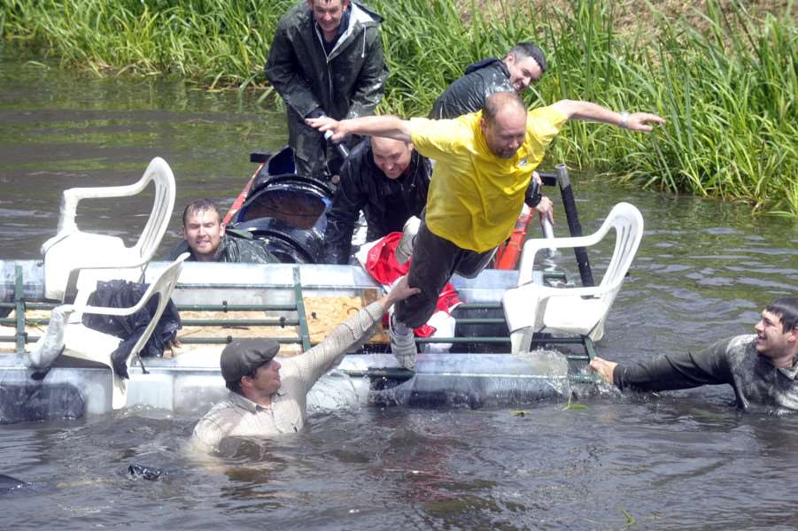 Outwell Raft Race part of Outwell Gala ANL-140525-171422009