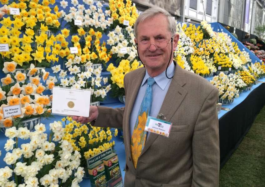 Johnny Walkers with the gold medal at the Chelsea Flower Show.