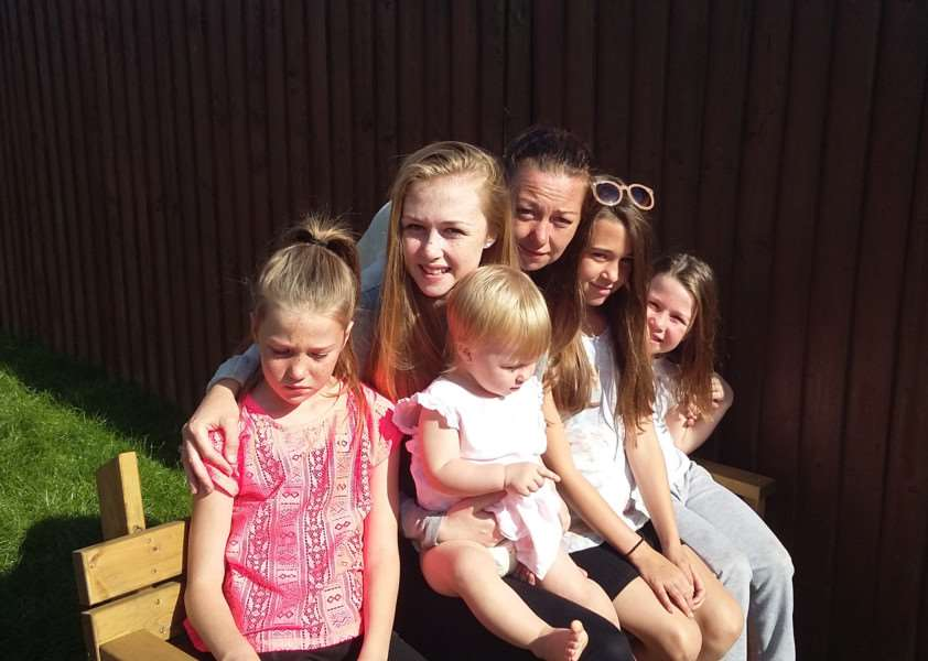 Kylie Thorpe with Brittany-Louise, Macie-Marie, Keira-Anne, Shauna-Leigh and Sammi-Jo
