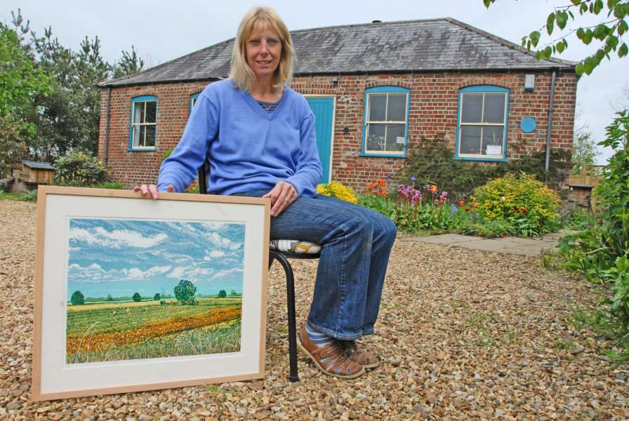 Art on the Map at Skylark Studio, Tydd'Louise Stebbing with her linocuts ANL-140429-172040001