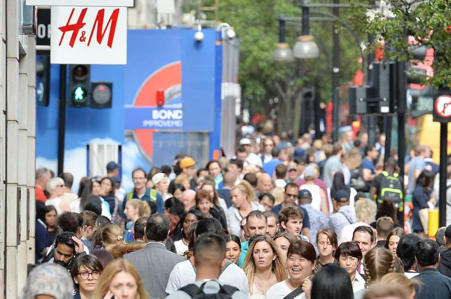 File photo dated 22/07/15 of shoppers on Oxford Street in London, as the biggest shake-up of consumer law in a generation comes into effect today to strengthen, clarify and modernise protection for shoppers. PRESS ASSOCIATION Photo. Issue date: Thursday October 1, 2015. The new Consumer Rights Act guarantees shoppers a full refund up to 30 days after buying a faulty item, provides protection for digital purchases for the first time and cracks down on unfair terms in contracts. See PA story CONSUMER Rights. Photo credit should read: John Stillwell/PA Wire PNL-150110-150205001