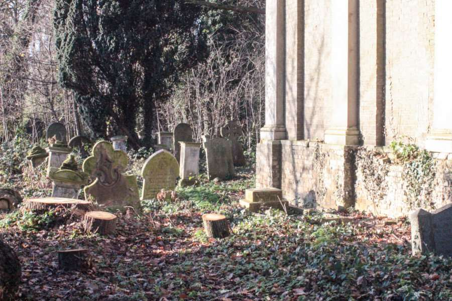 The cemetery's monuments, some of which bear prominent Wisbech family names, are to be restored as part of the project.