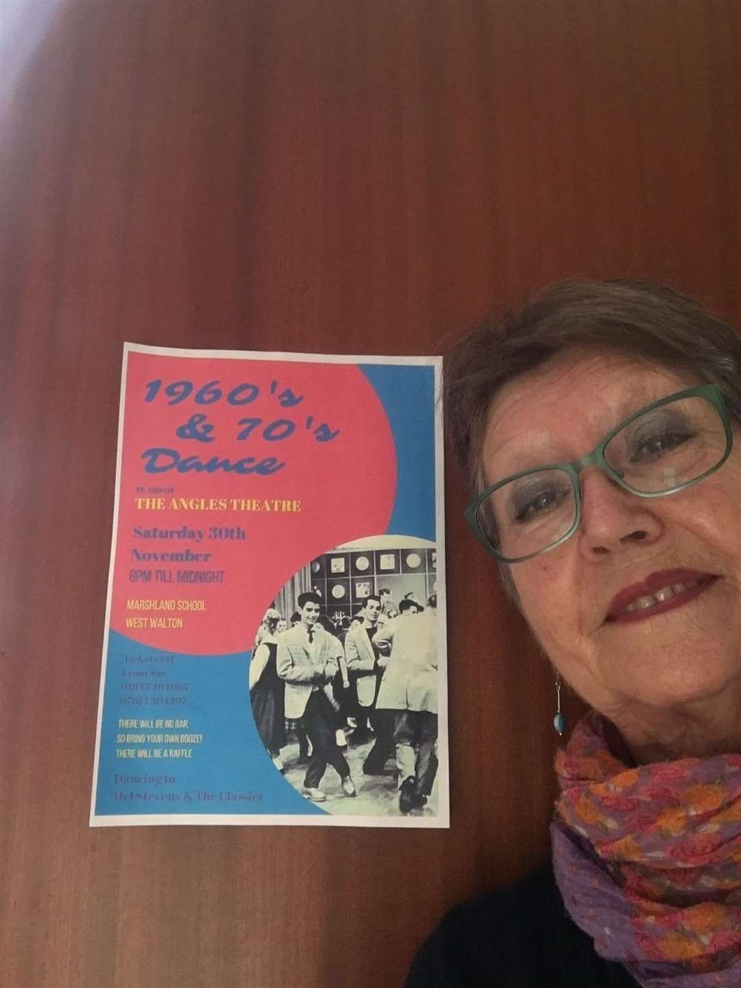 Sue Whitby with a poster for her event (21556909)