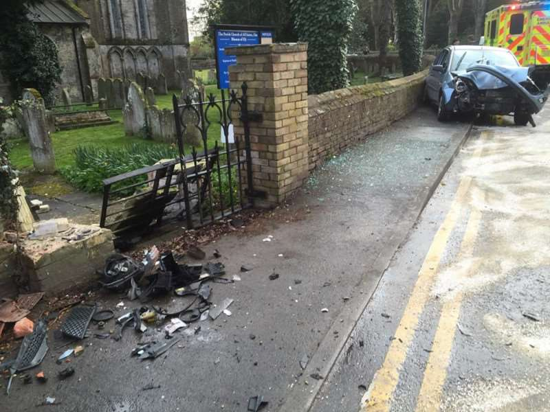 The crash in Main Road, Elm. GBfMcjGI8R6J8XrnYlS0