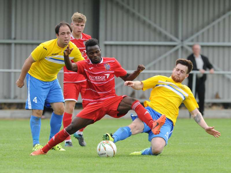 Tom McLeish tackles former Linnet Alfa Jalo